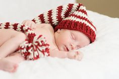 Elliott was all ready for the holidays in his adorable hat.  Kaye Collins Photography
