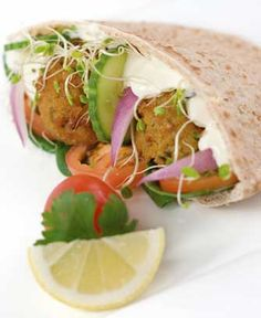 Traditional Israeli Falafel recipe - this is a wonderful Israeli street food - also a CHEAP #MEATLESS meal that is packed with protein! :) #CleanEating From WholesomeMommy.com