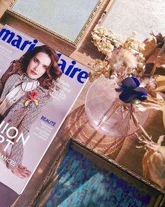 Notre beau numéro de février, encore dispo jusqu'au 18 inclus! 😍 📸: @dv.celine  #marieclaire #marieclairebe #magazinecover #february2020 #februaryissue #covergirl #flatlay #nataliavodianova Natalia Vodianova, Marie Claire, Covergirl, Bambi, Min, Magazine, Celine, Frame, Decor