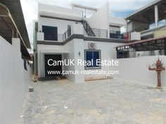 $600 Per month - A charming house for lease is situated in Svay Dangkum commune, Siem Reap town…