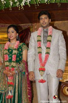 Wedding Garlands, Flower Garland Wedding, Indian Wedding Decorations, Flower Garlands, Flower Decorations, Indian Wedding Flowers, Indian Wedding Planning, Indian Bridal, Nazriya Nazim Wedding