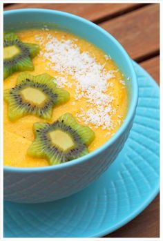Happy Morning Mango-Smoothie-Bowl mit Kiwi