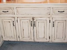 The Magic Brush, Inc.: Veryyyyyyyyyyry distressed cabinets I would LOVE to  do this