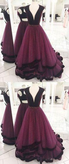 Burgundy v neck tulle long prom dress, burgundy evening dress from DressyBridal - Renee Marino Prom Dresses Elegant Dresses, Pretty Dresses, Beautiful Dresses, Formal Dresses, Long Dresses, Dress Long, V Neck Prom Dresses, Homecoming Dresses, Sexy Dresses