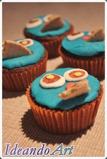 Cupcakes de chocolate decorados con el monstruo de las galletas