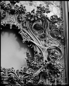 Exterior detail of Louis H. Sullivan's lavish, bronze-plated cast iron ornamentation on northwest corner of the old Carson, Pirie, Scott & Company Department Store, State and Madison, Chicago — Photo by the remarkable Richard Nickel (July 1967)