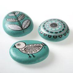 handpainted stones ~ via zeustones.etsy.com