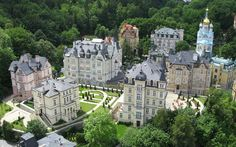 Savoy Westend Hotel in Karlovy Vary – Book your Spa Wellness holiday in Savoy Westend Hotel in West Bohemia, Czech Republic for the best price with SpaDreams Pet Resort, Resort Spa, Spa Breaks, Prague Czech Republic, Luxury Spa, Wellness, Hotels And Resorts, Places To See, Beautiful Places