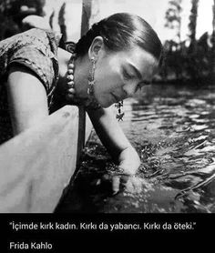 Frida Kahlo by © Fritz Henle Floating Gardens of Xochimilco, Mexico City, 1937 Diego Rivera, Ali Michael, Man Ray, White Photography, Portrait Photography, People Photography, Black White Photos, Black And White, Louis Aragon