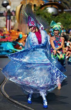 Disneyland // Mickey's Soundsational Parade // The Little Mermaid Water Dancers