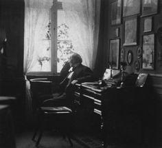 1bohemian:  Hans Christian Andersen in his study in Nyhavn 18, Copenhagen