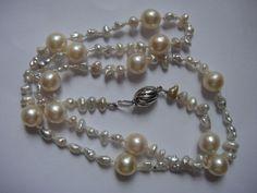 585 Weißgold Perlen Kette 13 goldfarbige Zuchtperlen 70 silberfarbige Biwa flat