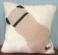 Pug Pillow crochet pattern by Needle Me That - Pug pillow is a cute accent to any living room or bed. Tail is curled and stand out 3-dimensionally.