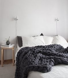 Scandinavian decor is about texture. A Scandinavian style decor is the ideal mixture of modern and comfort. So, because you can tell, there is a lot more to achieving a Scandinavian style decor than simply likely to and getting a… Continue Reading → Interior Design Examples, Interior Design Inspiration, Design Ideas, Bedroom Inspiration, Scandinavian Style Bedroom, Nordic Bedroom, Scandinavian Design, Gray Bedroom, Master Bedroom