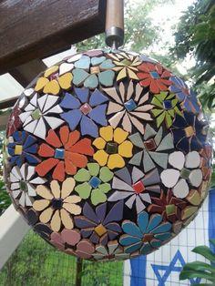 Mosaic on a pan by Iris Bello