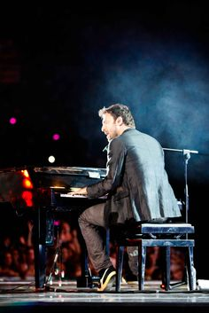 Cesare Cremonini Share The Love, I Love You, My Love, Music Is Life, Good People, Mary, Celebrities, Boys, Singer