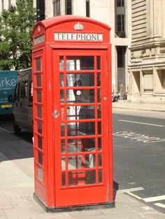 Red Phone Booth - These always remind me of Cully----he really needs one of these!