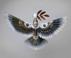 Der russische Steampunk-Künstler Igor Verniy hat vor einiger Zeit die Welt der Tiere für sich entdeckt. Aus Unmengen von gebrauchten…