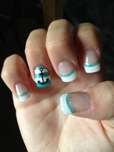 French mani with anchor and blue