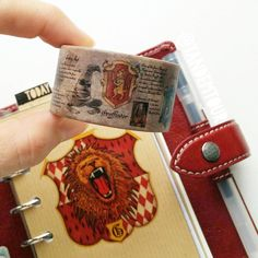 Dear God is that Harry Potter washi tape? Harry Potter School, Harry Potter Items, Harry Potter World, Harry Potter Planner, Harry Potter Bedroom, Hogwarts, Slytherin, Happy Planner, Creations