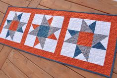 Quilted Table Runner Orange Blue Cotton Table por MagpieQuilts