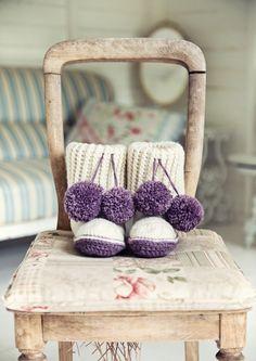 Crochet Slipper Boots in Deramores Vintage Chunky (2008) Digital Version | Deramores