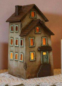 Clay House Harry Tanner Design Ceramic nite lite or garden sculpture Clay Houses, Ceramic Houses, Miniature Houses, Ceramic Clay, Hand Built Pottery, Slab Pottery, Ceramic Pottery, Sculpture Clay, Garden Sculpture