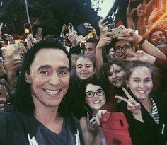 Tom Hiddleston as Loki with fans  #ThorRagnarok https://www.instagram.com/p/BJi-Im2gNhy/ Photoset: http://maryxglz.tumblr.com/post/149754089232/mayormayhem-meeting-the-god-of-mischief-loki