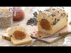 Il PANE E SALAME (salami sandwich loaf) è una #merenda o #piattounico ideale per un pic nic o una gita fra amici, praticissimo perché il salame è intrappolato nell'impasto del pane. Qui la #video #ricetta: http://ricette.giallozafferano.it/Pane-e-salame.html #GialloZafferano #pane #salame #picnic