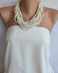 Layered pearl necklace with rhinestones