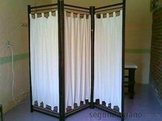 Use in the living room under the TV, to hide the cords! Fabric Room Dividers, Diy Room Divider, Room Divider Screen, Spa Rooms, House Rooms, Room Deviders, Dressing Screen, Wooden Room, Home Organisation