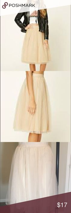 Pleated tulle skirt *Offers Welcome*Taupe pleated tulle skirt. Brand new Forever 21 Skirts A-Line or Full
