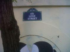 Aïe Love Street - Paris XVIII
