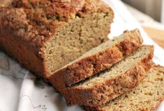 As the world starts self-isolating, one thing has become clear - we like to bake bread. And specifically banana bread. Here's a collection of quick, easy & oh so delicious banana bread recipes. Buttermilk Banana Bread, Moist Banana Bread, Buttermilk Recipes, Banana Bread Recipes, Homemade Buttermilk, Paleo Pumpkin Bread, Zucchini Bread, Super Simple Banana Bread Recipe, Banana Bread Ingredients