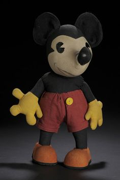 Vintage Knickerbocker Mickey. He was made in several sizes. Like mine.
