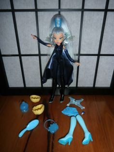 Winx Club Light Up Wings Icy Doll Original Mattel 2004 Trix Cloud Tower Witch | eBay