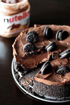 No bake Nutella Cheesecake with Oreos
