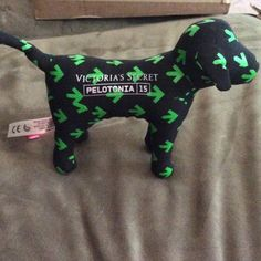 Victoria's Secret vs pink pelotonia 15 dog pup Brand new.   In perfect condition.  For the bike race pelotonia 2015 one goAl. It is new but doesn't come with a price tAg Victoria's Secret Accessories