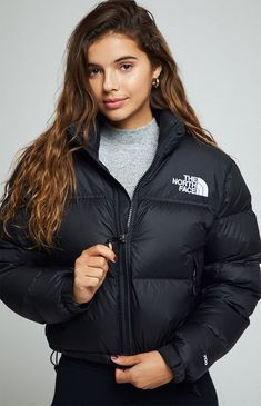 The North Face Nuptse Cropped JacketYou can find North faces and more on our website.The North Face Nuptse Cropped Jacket North Face Coat, The Nord Face, North Face Outfits, North Face Nuptse, Women's Puffer, Winter Fashion Outfits, Sporty Fashion, Ski Fashion, Teen Fashion