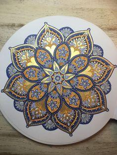 tattoo - mandala - art - design - line - henna - hand - back - sketch - doodle - girl - tat - tats - ink - inked - buddha - spirit - rose - symetric - etnic - inspired - design - sketch Mandala Doodle, Mandala Art Lesson, Mandala Artwork, Mandala Dots, Mandala Drawing, Mandala Painting, Mandala Pattern, Pattern Art, Free Pattern