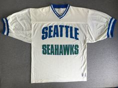 Seattle Seahawks Jersey Vintage/ Logo 7 Dome Lettering Players Bosworth Largent White Mesh Shirt/ Nfl Football Usa Made Size Large Vintage Jerseys, Vintage Football, Football Usa, Seattle Seahawks, Overalls, America America, Logos, Tees, Sleeves