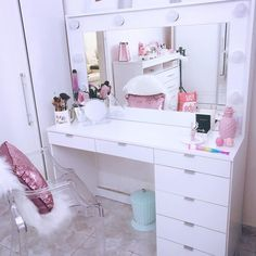 Dream Bedroom, Room Decor Bedroom, Sala Glam, Bedroom Decor For Teen Girls, Vanity Room, Cute Room Decor, Glam Room, New Room, House Design