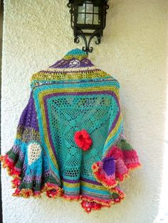 The back of the Flores Gypsy freeform crochet poncho that I posted the other day