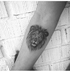 Lion Tattoo 48487 No photo description available. Tatto Mini, Mini Tattoos, Trendy Tattoos, Flower Tattoos, Black Tattoos, Lion Tattoo With Flowers, Lion And Lioness Tattoo, Lion Head Tattoos, Tatoos