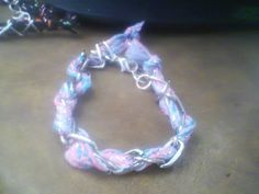 Pulsera con cadena y textil $15.00 varios colores