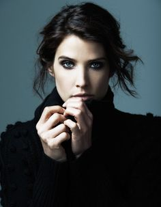I love you Cobie you are my favourite actress!!