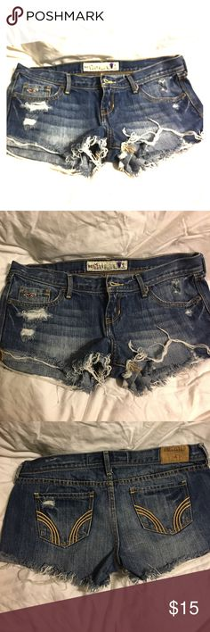 Hollister shorts Hollister shorts it a size 5 Hollister Shorts Jean Shorts