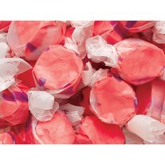 Amazing Chewy taffy pomegranate flavor candy in red color!Bag contains 5 pounds of Gourmet Pomegranate Salt Water Taffy Candy. Bulk Candy, Candy Shop, Gourmet Recipes, Snack Recipes, Taffy Candy, Red Licorice, Online Candy Store, Giant Candy, Salt Water Taffy
