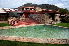 Taliesin West - Frank Lloyd Wright - our favorite Architect - 100 years ahead of his time - and timeless! Organic Architecture, Beautiful Architecture, Art And Architecture, Frank Lloyd Wright Homes, Usonian, Walter Gropius, Exterior Design, Alvar Aalto, House Design