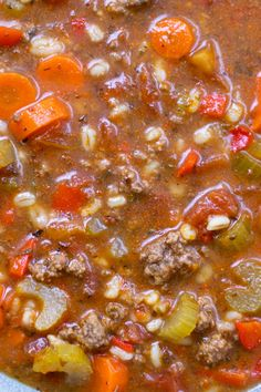 Classic Hamburger Soup – Whipped It Up Dinner Soup – Dinner Recipes Hamburger Vegetable Soup, Best Hamburger Soup Recipe, Easy Soup Recipes, Cooking Recipes, Veggie Soup Recipes, Hamburgers, Crock Pot Soup, Eating Clean, Salad